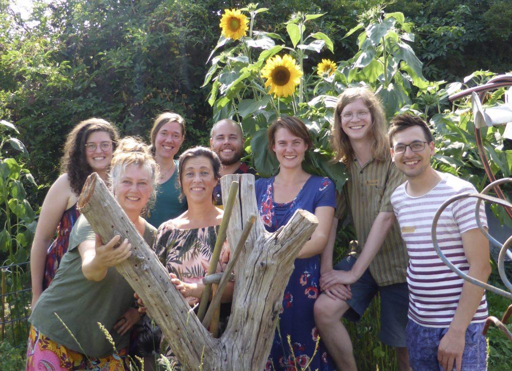 Gruppenfoto der Chorleiter*innen des NVN Nebenan